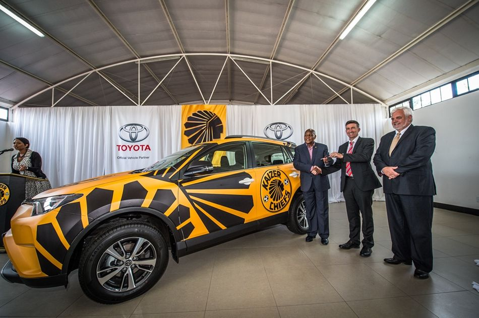 kaizer chiefs and toyota announce partnership agreement